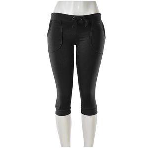 Capri Low Waisted Sweats With Pockets Black 1120